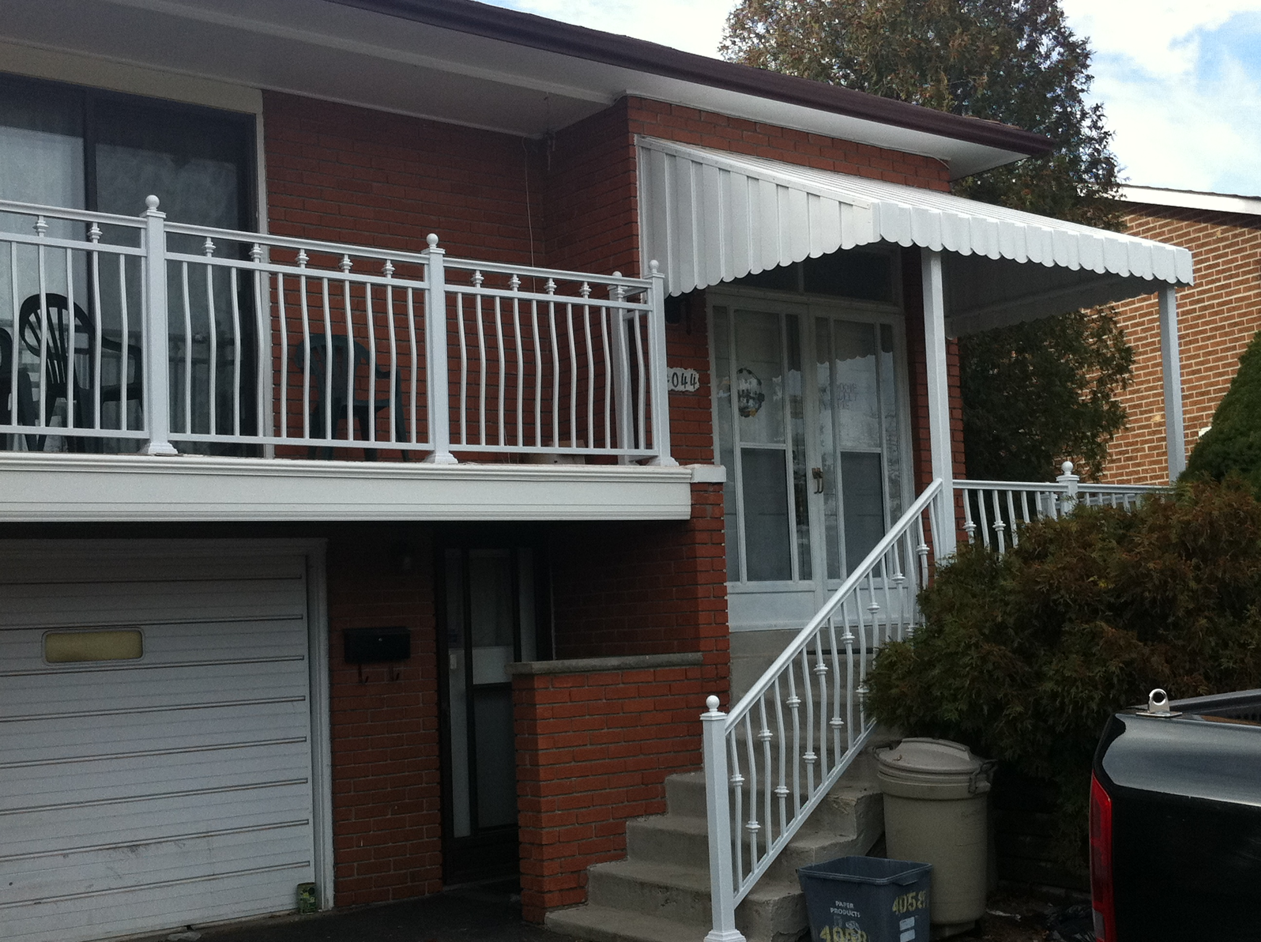 Pictures of aluminum railings,fence,awnings, doors